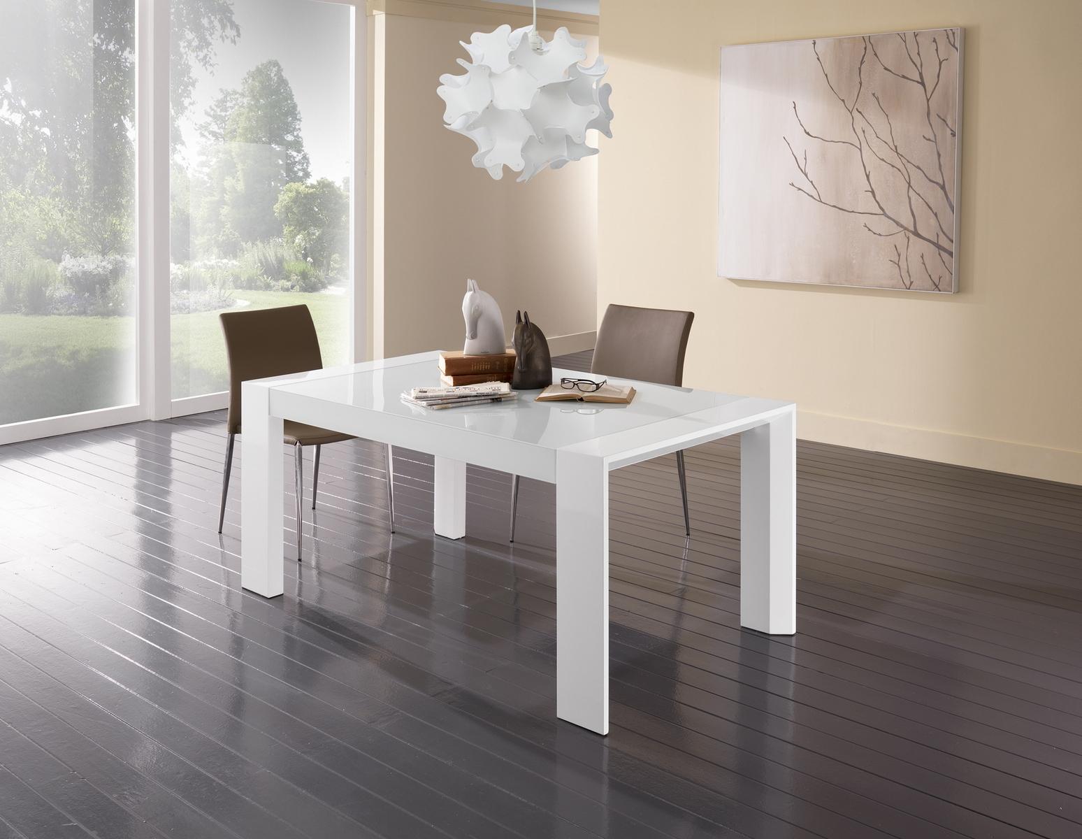 Soggiorno cucina moderno tavoli cucina moderni prezzi for Tavoli bianchi moderni
